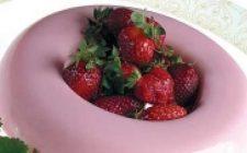 Gelatina di yogurt alle fragole