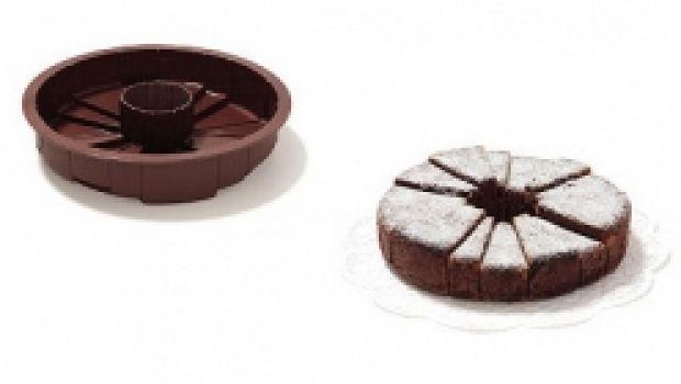 Stampi per torte ed asimmetrie in cucina