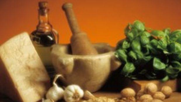 A tutto pesto: le Settimane del Pesto e il Campionato Mondiale di Pesto Genovese al Mortaio