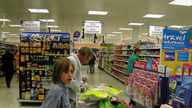 La cura per i disturbi alimentari dei bambini: portarli con sé a fare la spesa