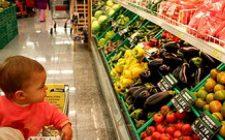 In Europa frutta al posto di merendine nei distributori delle scuole