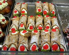Novità in Sicilia: il gelato al cannolo e altri
