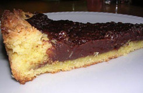 Crostata alla marmellata d'arancia e cioccolato fondente