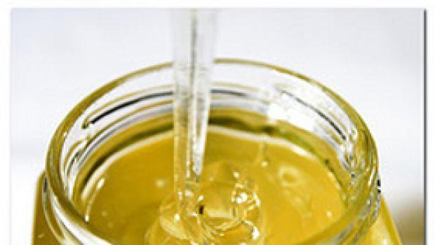 Ricette facili: pane tostato con miele e mascarpone
