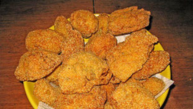 Ricetta del pollo panato con patatine