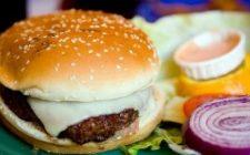 Piatti unici: il cheesburger a modo mio
