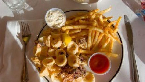 Ricetta facile secondo: anelli di calamaro fritti