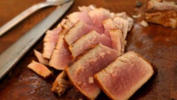 Ricetta facile secondo: tonno alla maggiorana