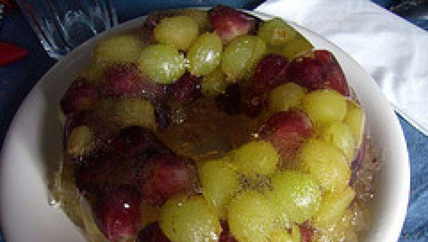 Ricette dolci: aspic di uva bianca