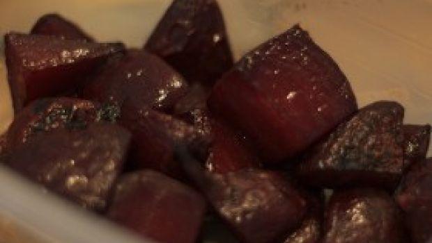 Ricette primi: la pasta con le barbabietole