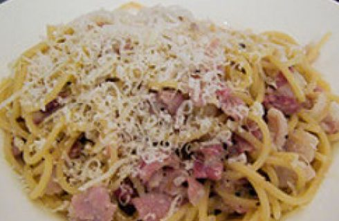 Ricette primi: spaghetti con carne simmenthal