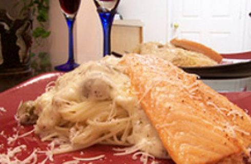 Ricette natalizie: Tagliatelle al salmone in crosta