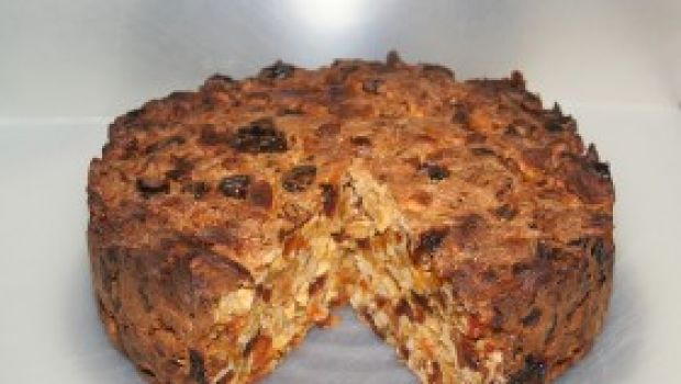 Ricetta facile: torta con frutta secca