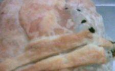La mia ricetta del polpettone in crosta di radicchio e sfoglia.
