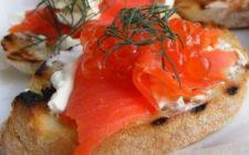 Ricetta facile antipasto: bruschette al salmone