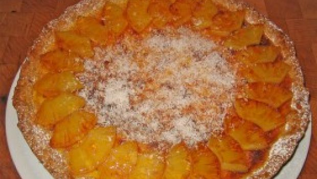 Ricetta dolce facile: torta all'ananas