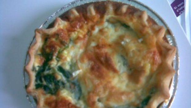 Ricette facili: Quiche lorraine agli spinaci ed emmental.