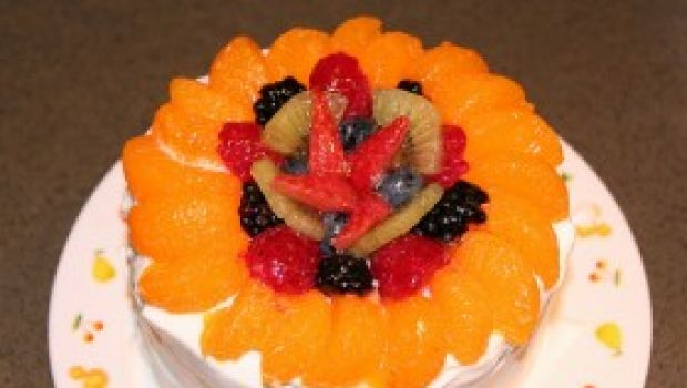 Ricetta dolce: torta primaverile con frutta mista