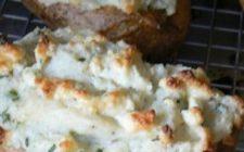 Ricetta facile: tartine di patate e formaggi