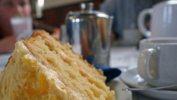 Ricetta dolce facile: torta al limone vaniglia e canditi
