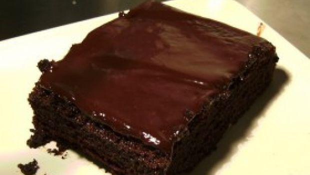 Ricetta dolce facile: torta al cioccolato fondente