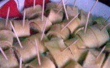 Ricette dolci: Rotolini di Crêpes fredde alla panna e fragole.