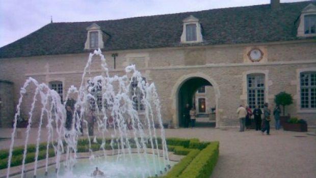 Château Pommard, la fine della favola.