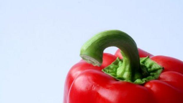 Ricette antipasti: crema di peperoni con mandorle e pistacchi