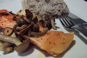 Cucina russa: il salmone con i funghi
