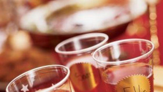 Le bevande e gli aperitivi delle feste natalizie: il punch