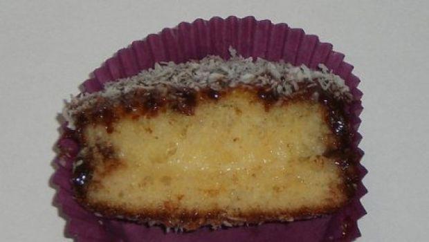 Ricetta dolce: plum cake al limone e cocco