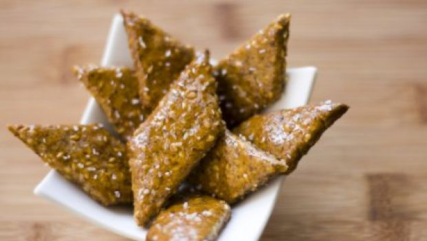 Ricette spilucchini: i crackers ai semi di sesamo fatti in casa
