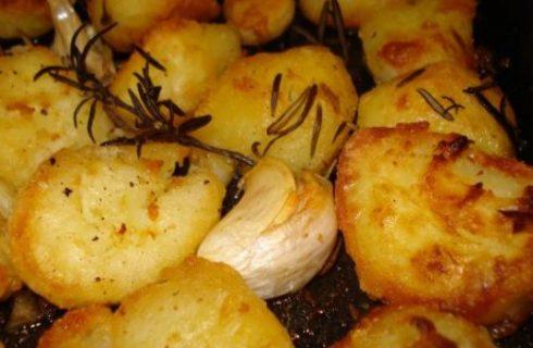 Come cucinare le patate arrosto perfette