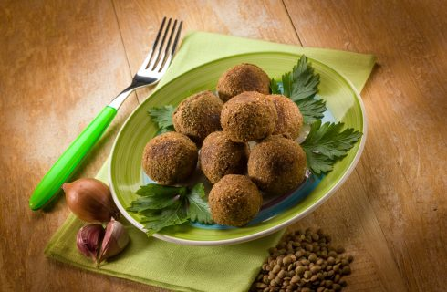 Le polpette di lenticchie vegan per un Capodanno alternativo ma fortunato