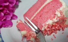 Speciale Festa della Mamma – La torta ai petali di rosa