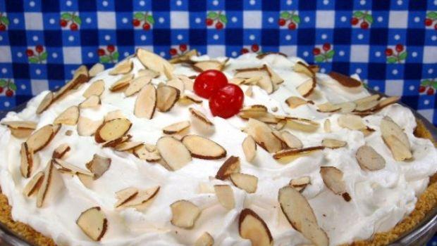 Dolci con la frutta: la torta alla crema di banana