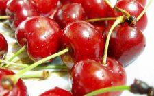 Ricette dolci: ciliegie gratinate con mascarpone e gelato alla vaniglia