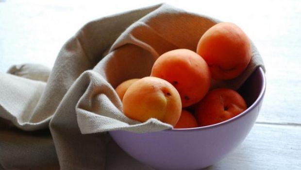 Ricette frutta: composta di albicocche alla vaniglia