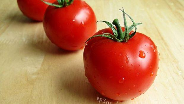 Ricette facilissime: pinzimonio nel pomodoro