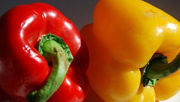 Ricette estive: misto di verdure grigliate con ciuffetti di rucola