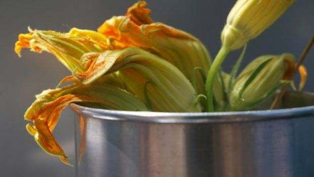Trucchetti per riempire bene i fiori di zucca