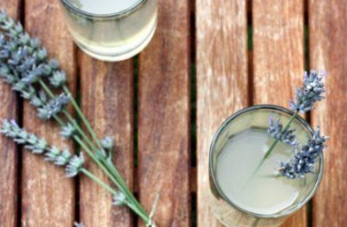 Ricette con i fiori: la limonata alla lavanda