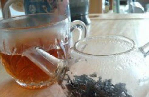 Bere sano: dal rosso in poi, tutti i colori del tè
