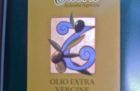 Olio extra vergine di oliva biologico Titone.