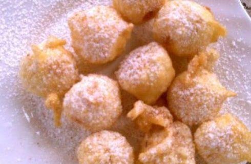 Ricette di Carnevale: palline di mele in pastella