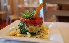 Ricette light: tartare di tonno, zucchine e rucola