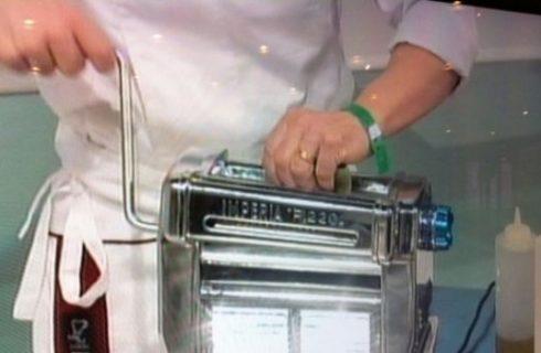 Identità Golose 2012 – Le tagliatelle di piselli dello chef Francesco Sposito