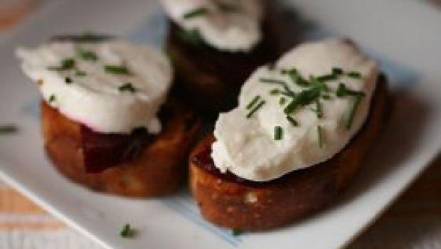 Cucinare con il tartufo: i crostini alla fontina