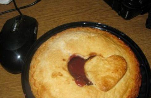 Ricette San Valentino: la heart pie con marmellata