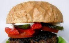 Ricetta mia: gli hamburger ripieni di verdure e formaggio